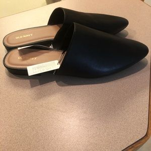 NWT Black leather women's dress shoes